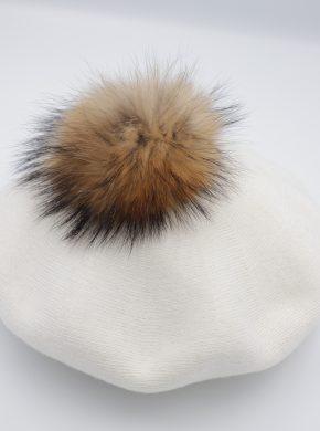 moteriška beretė